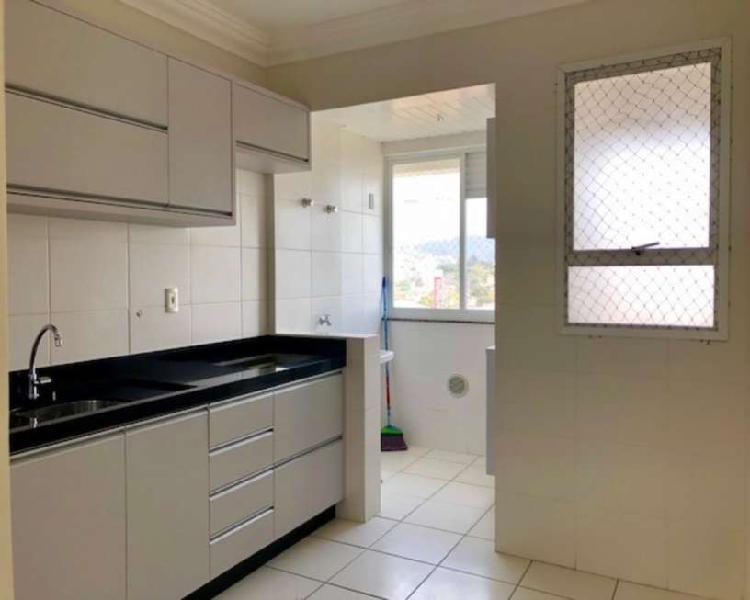 Apartamento com 3 quartos para alugar, 79 m² por r$
