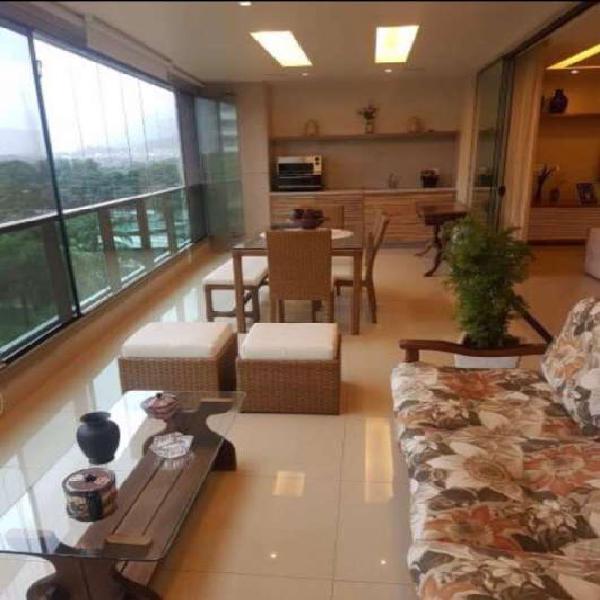 Apartamento com 4 quartos à venda, 230 m² por r$ 2.400.000
