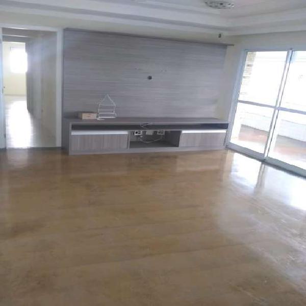 Apartamento com 4 quartos para alugar, 147 m² por r$