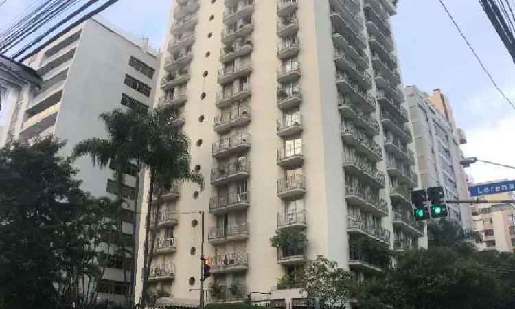 Apartamento com 4 quartos para alugar, 250 m² por r$