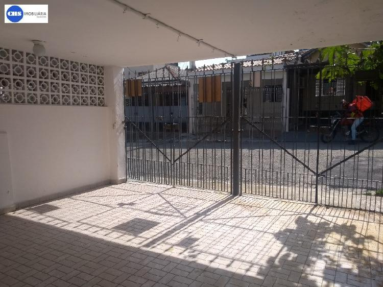 Casa com 2 quartos para alugar, 70 m² por r$ 1.699/mês
