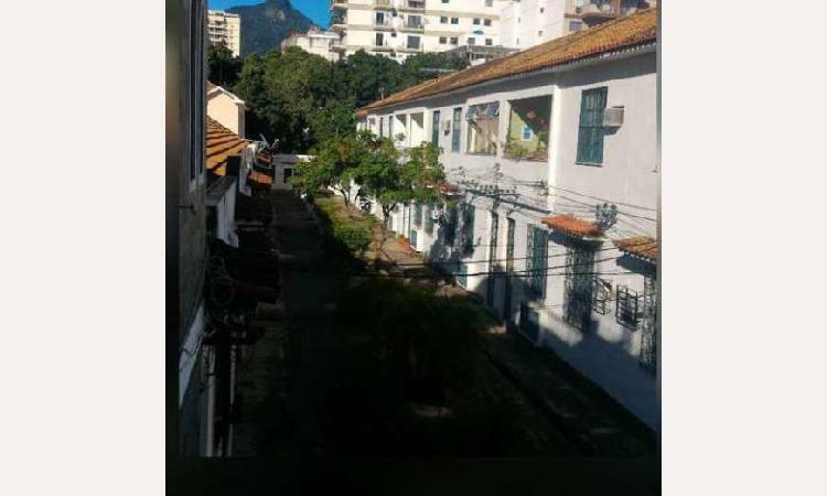 Casa com 2 quartos para alugar, 95 m² por r$ 2.000/mês