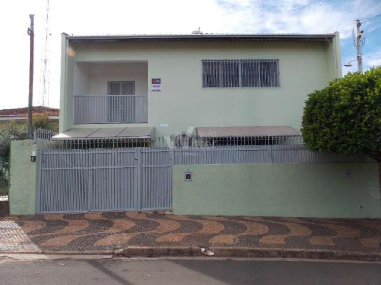 Casa com 3 quartos para alugar, 100 m² por r$ 1.700/mês