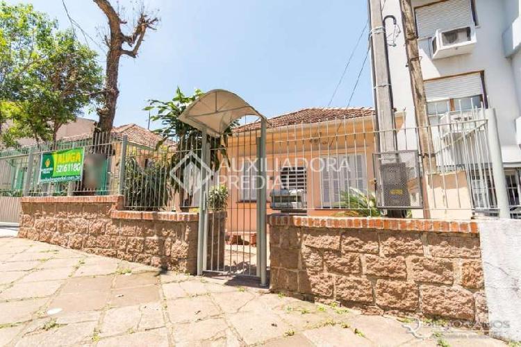 Casa com 3 quartos para alugar, 130 m² por r$ 2.500/mês