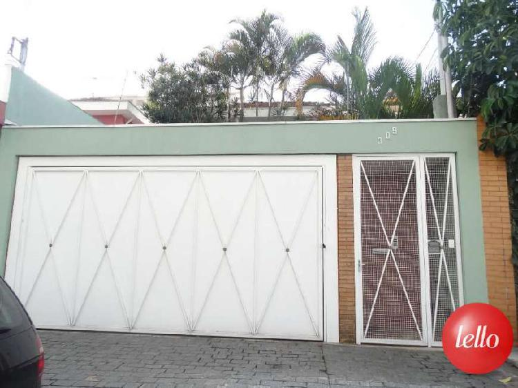 Casa com 3 quartos para alugar, 304 m² por r$ 6.500/mês