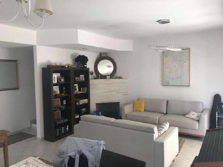 Casa de condomínio com 3 quartos à venda, 168 m² por r$