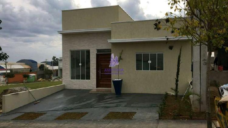 Casa de condomínio com 3 quartos para alugar, 105 m² por