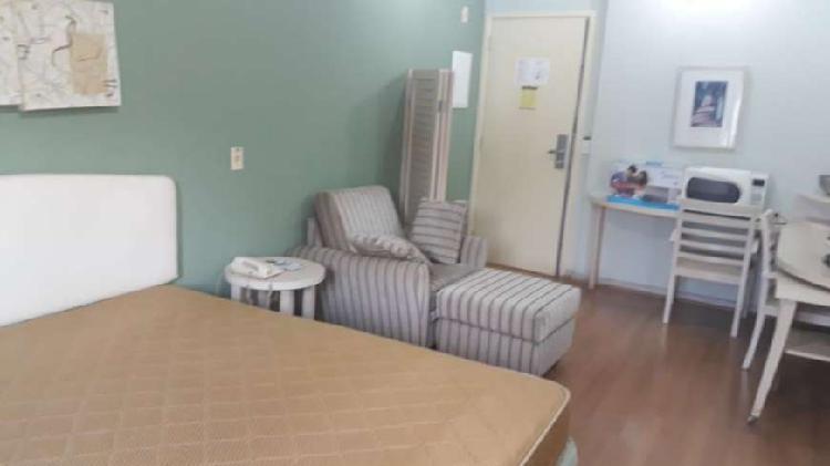 Flat com 1 quarto para alugar, 32 m² por r$ 1.900/mês cod.