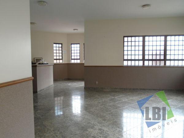 Imóvel comercial com 4 quartos para alugar, 198 m² por r$