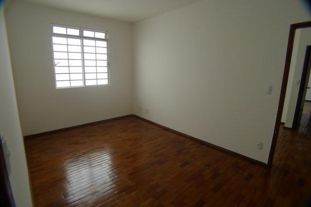 Sala comercial com 3 quartos para alugar, 95 m² por r$