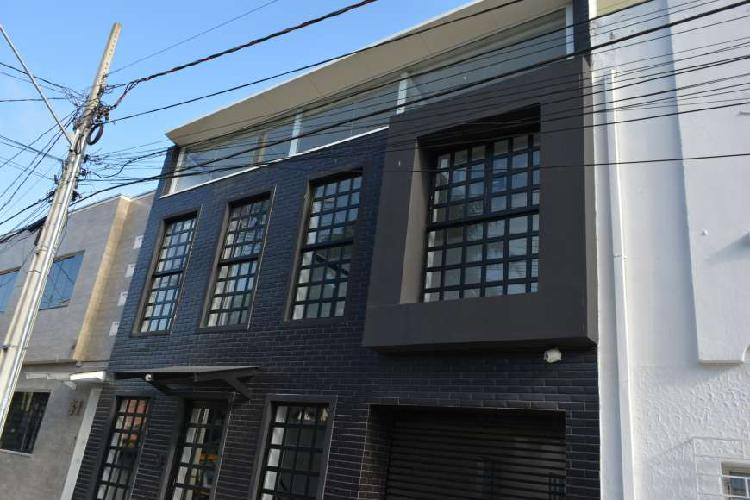 Sala Comercial para Alugar, 85 m² por R$ 2.300/Mês COD.
