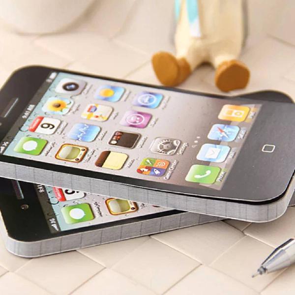 Bloquinho de notas em formato de iphone
