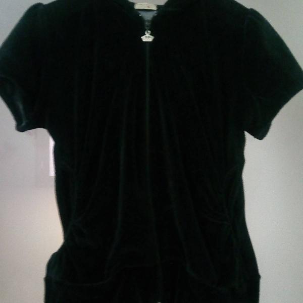 Blusa em veludo manga curta com capuz tamanho m