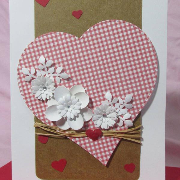 Cartões artesanais exclusivos para todas as ocasiões