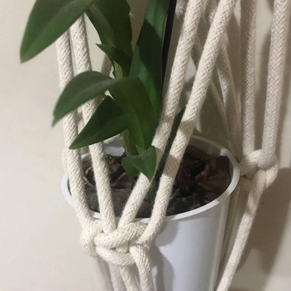 Hanger macrame