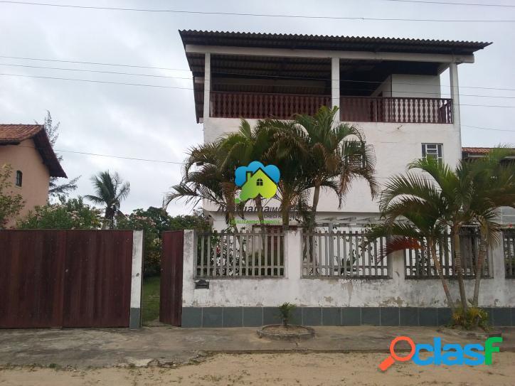 Ampla casa com terreno de 1000m² a poucos metros da lagoa ig