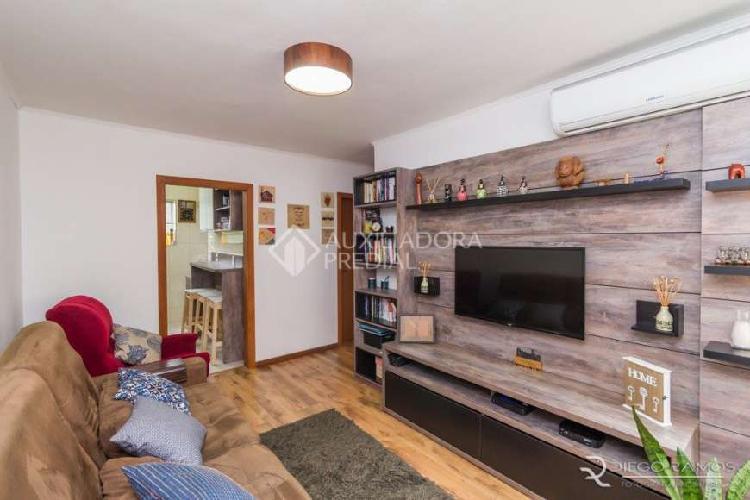 Apartamento com 2 Quartos à Venda, 56 m² por R$ 177.000