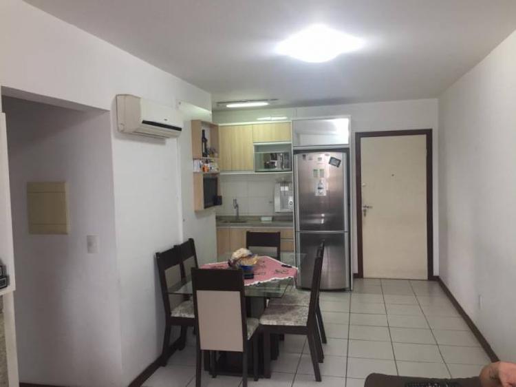 Apartamento com 2 quartos à venda, 66 m² por r$ 250.000