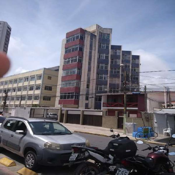 Apartamento com 3 quartos à venda, 80 m² por r$ 450.000