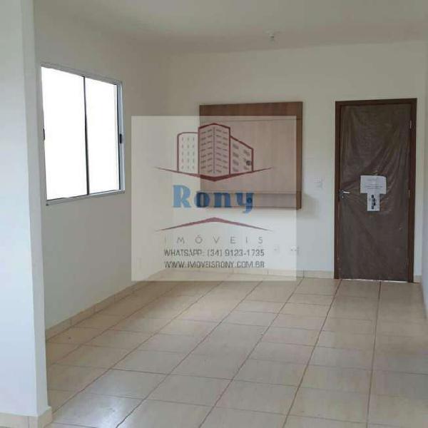 Casa com 2 quartos à venda, 65 m² por r$ 184.990 cod.