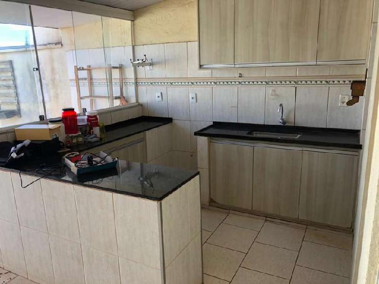 Casa de condomínio com 2 quartos à venda, 60 m² por r$