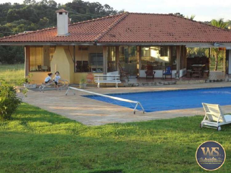Fazenda/Sítio com 6 Quartos à Venda, 169400 m² por R$