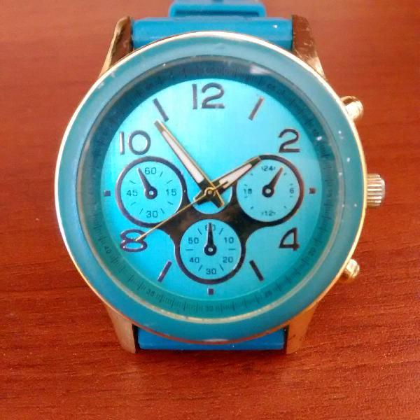 Relógio pra quem gosta de cor