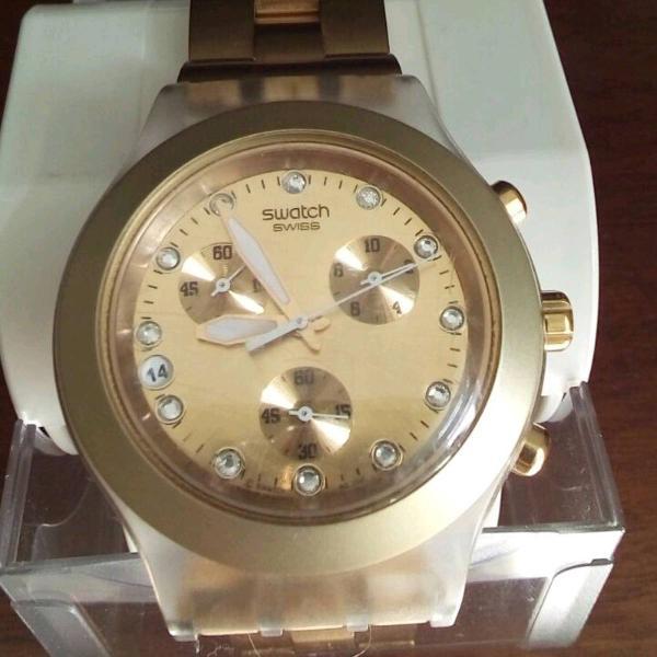 Swatch dourado só no brilho