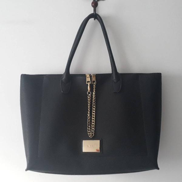 Bolsa sacola santa lolla grande preta com correntes douradas