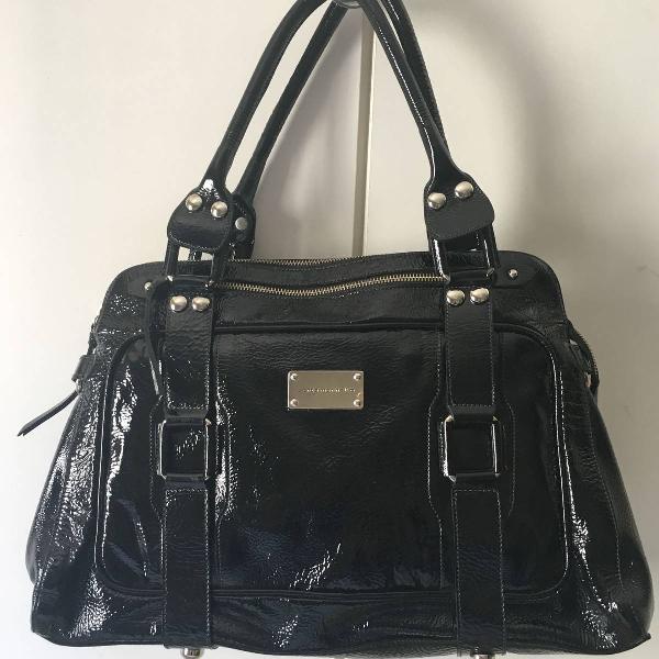 Bolsa santa marinella couro preto verniz usada
