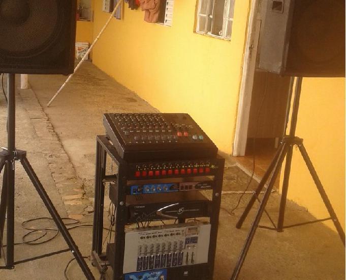 Equipamento de som para barzinhos,eventos em geral igreja et