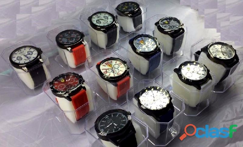 Lote atacado de relógios masculinos de pulso esporte 10 unidades para revenda