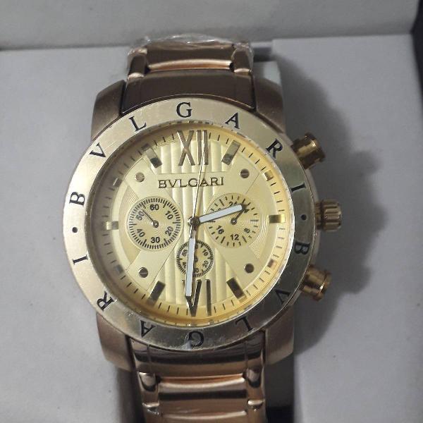 Relógio bvlgari dourado fundo dourado pesadão