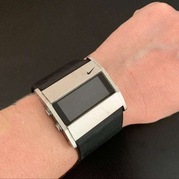 Relógio digital nike