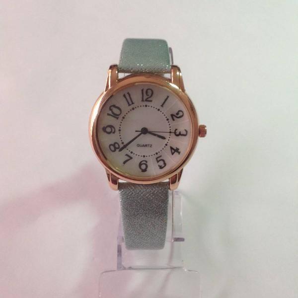 Relógio feminino vintage retro