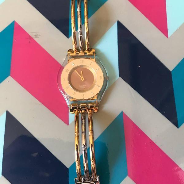 Relógio swatch original prata e dourado