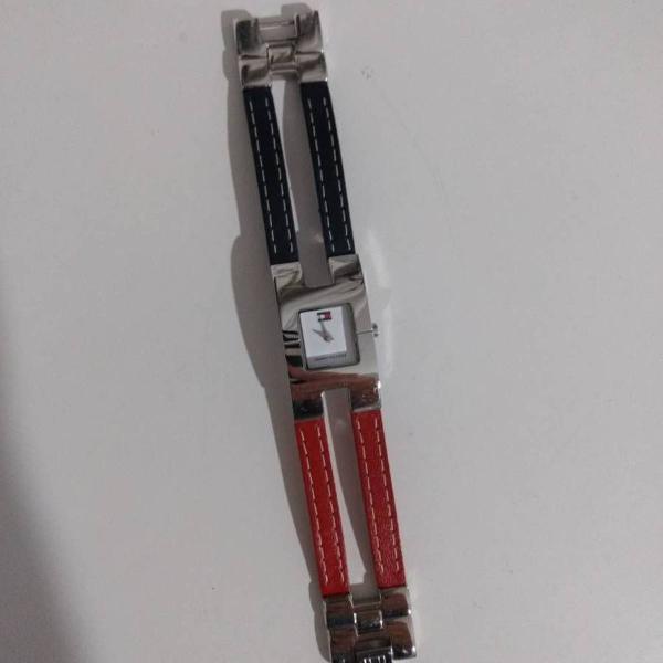Relógio tommy hilfiger pulseira em couro