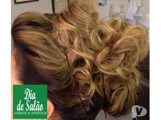 Penteados para noivas, debutantes, formaturas e eventos -