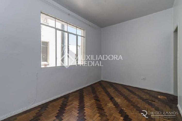 Apartamento com 1 quarto para alugar, 28 m² por r$ 650/mês