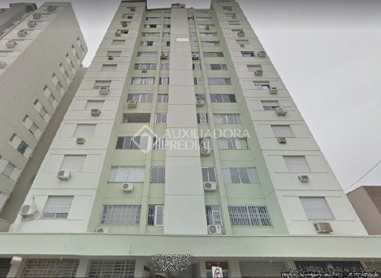 Apartamento com 1 quarto para alugar, 50 m² por r$ 500/mês