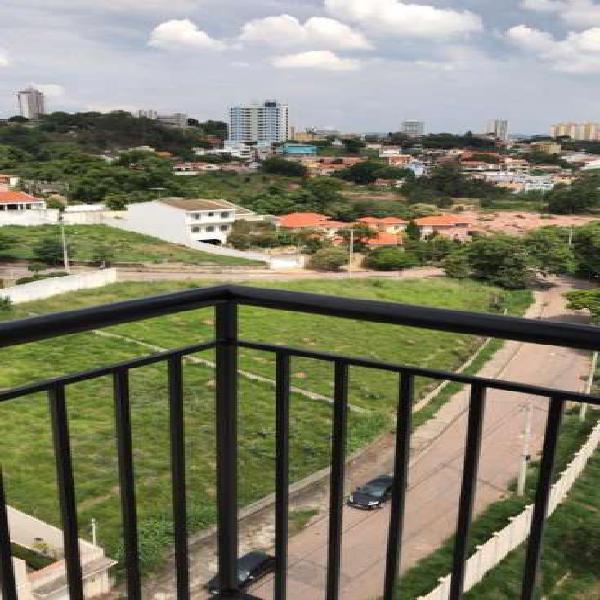 Apartamento com 3 quartos para alugar, 81 m² por r$