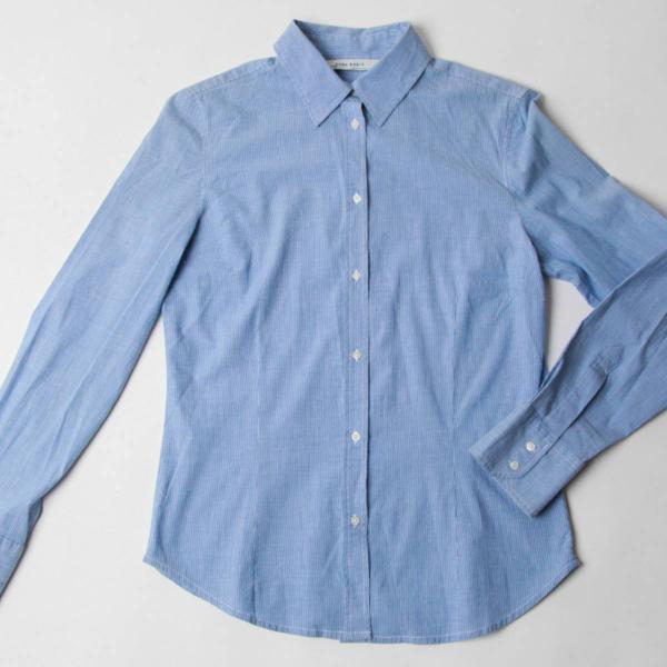 Camisa azul basicona