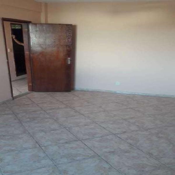 Casa com 2 quartos para alugar, 70 m² por r$ 800/mês cod.