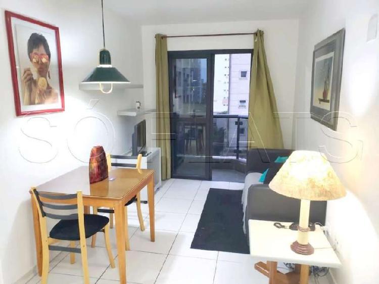 Flat com 1 Quarto para Alugar, 39 m² por R$ 1.660/Mês COD.