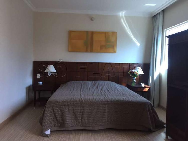 Flat com 1 quarto para alugar, 43 m² por r$ 1.600/mês cod.