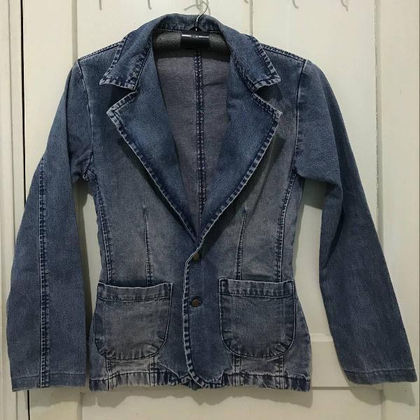Blazer jeans + jaqueta jeans destroyed bordada