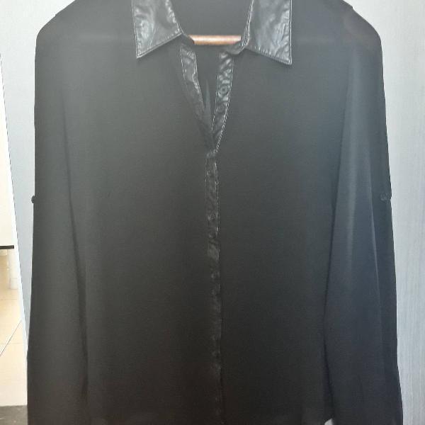 Camisa preta transparente