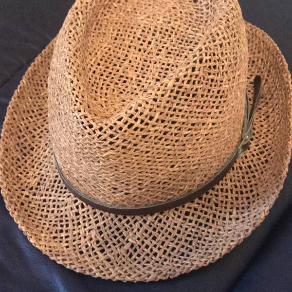 Chapéu palha e algodão