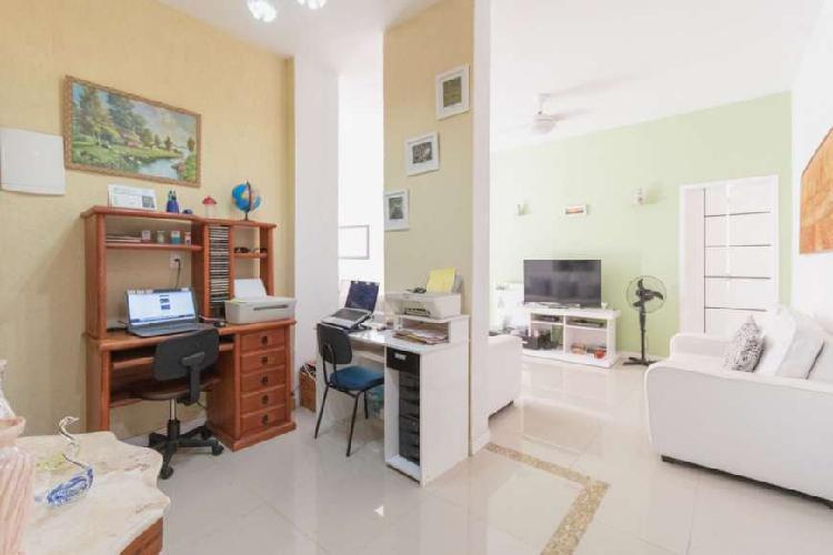 Apartamento com 3 quartos à venda, 108 m² por r$ 830.000