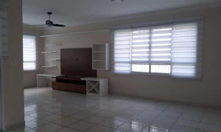 Casa com 3 quartos à venda, 155 m² por r$ 650.000 cod.